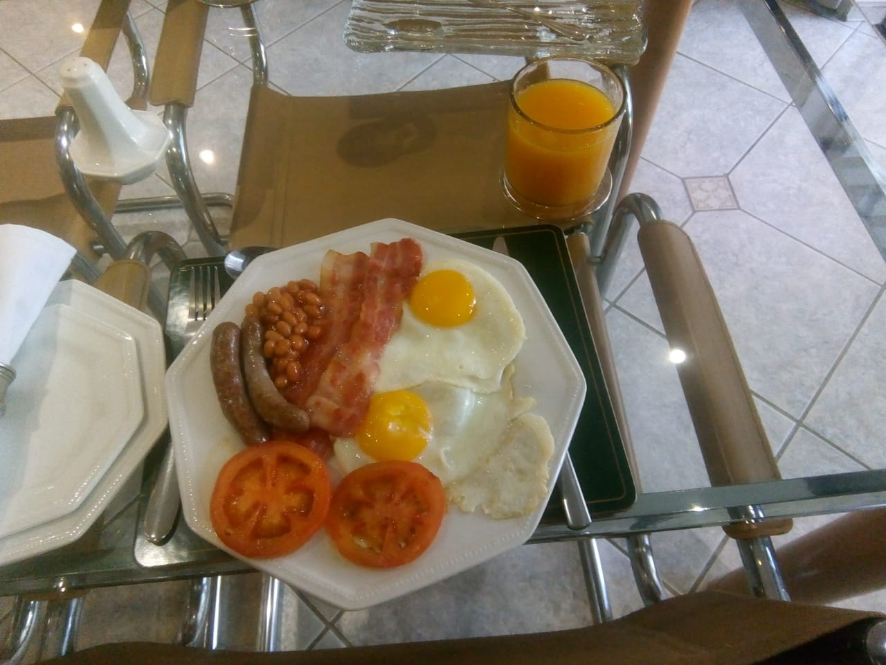 Full English Breakfast @R50 extra
